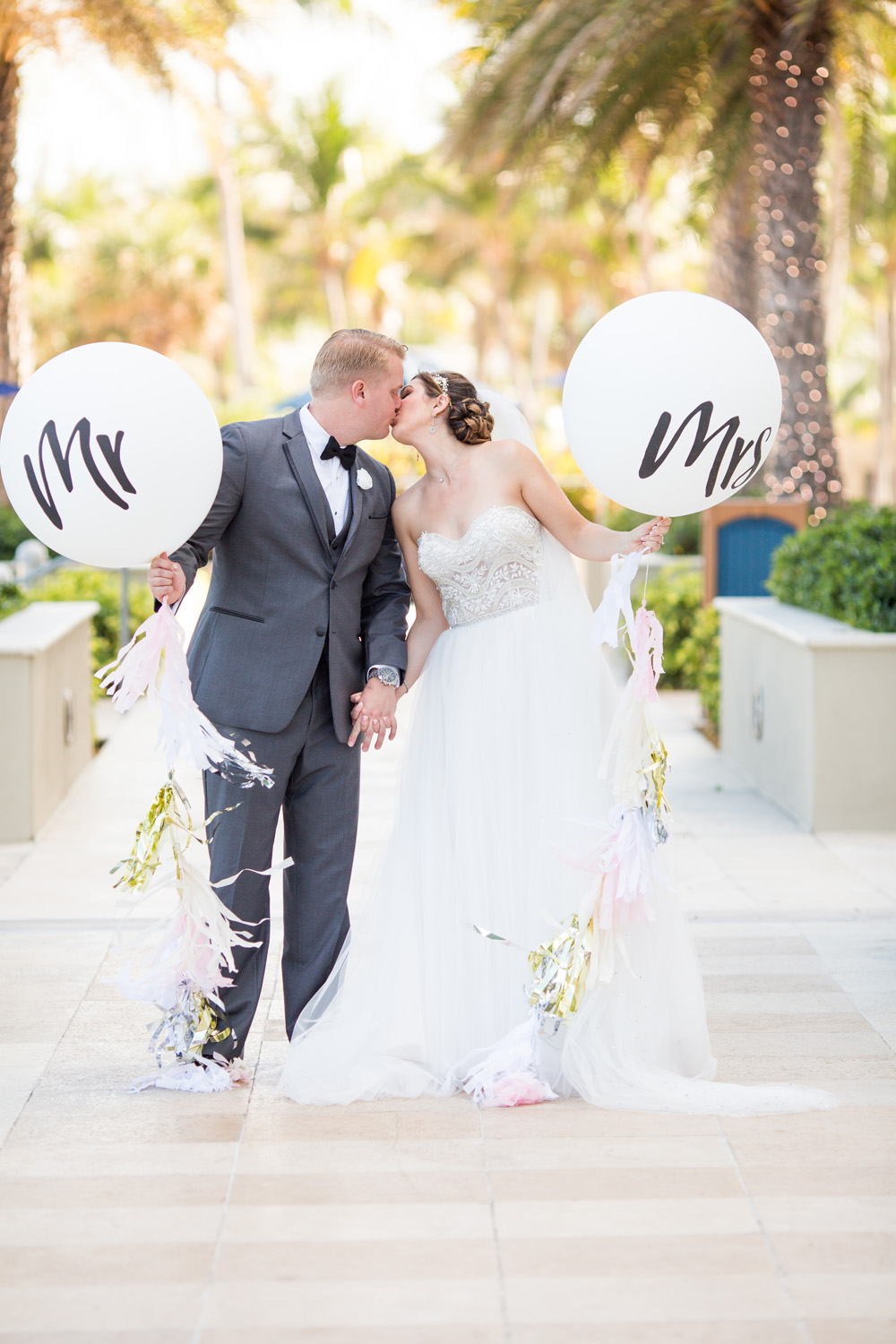 Fort Lauderdale Wedding Photographer   Lindsay and Tyler by Sara Kauss Photography