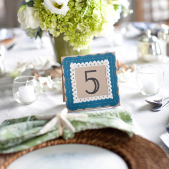style_me_pretty_wedding_28_tablesetting