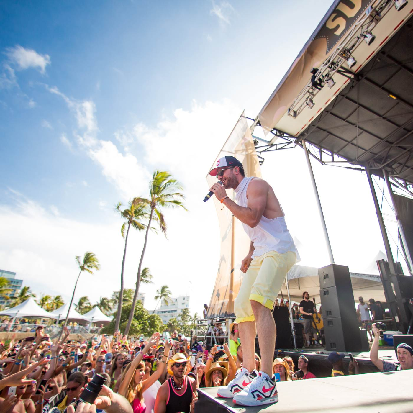 Sam Hunt | Tortuga Festival Rock The Ocean Country Music Concert | by Sara Kauss