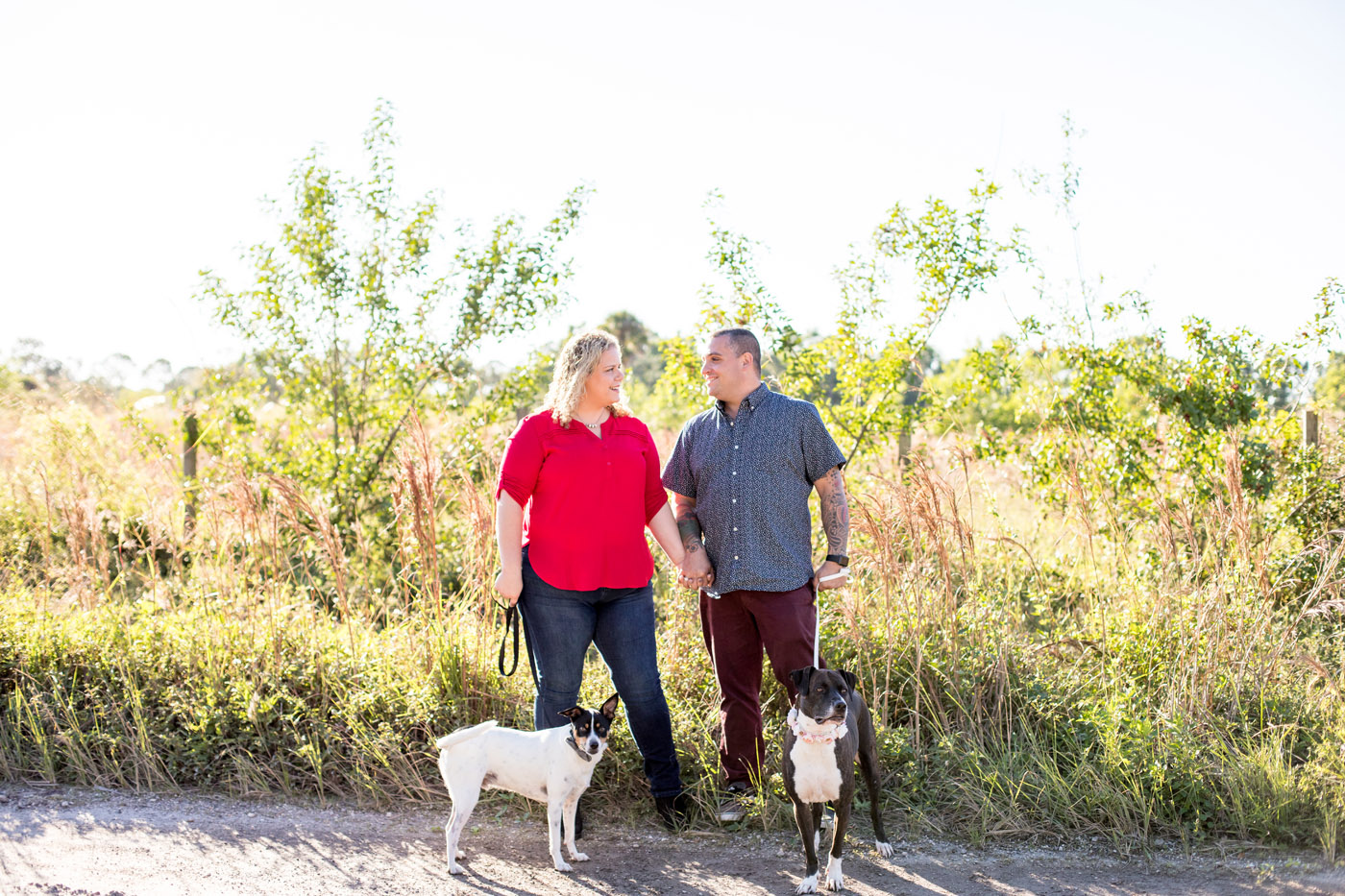 Engagement Session with Dogs | by Sara Kauss Photography
