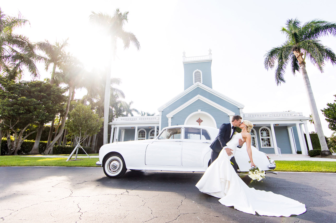 Elegant Palm Beach Wedding at Royal Poinciana Chapel | Sara Kauss Photography