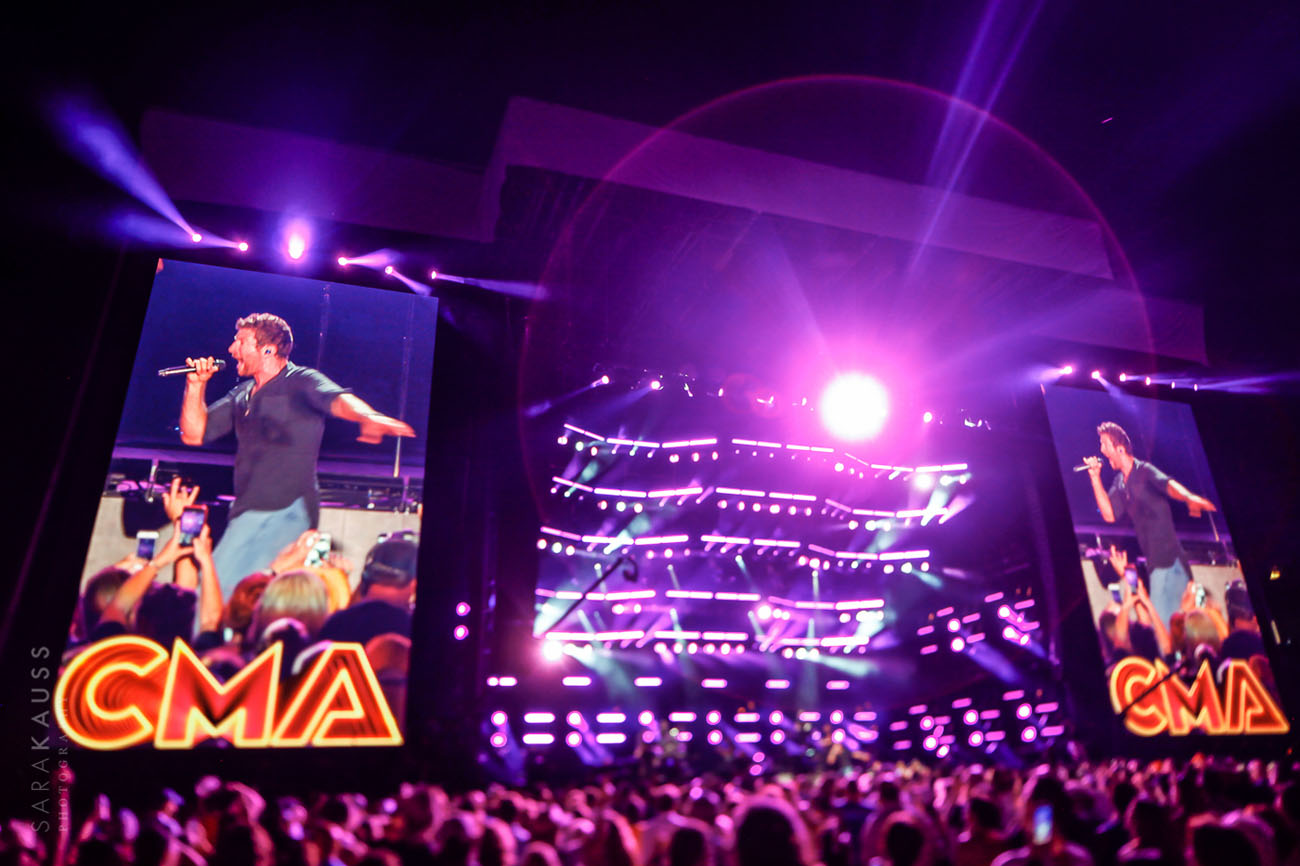 Brett Eldredge at CMA Fest | CMT Music Awards | 2016 Country Music Festival | Sara Kauss Photography